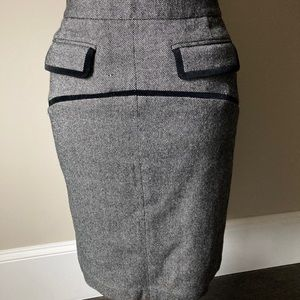 Club Monaco skirt with black velvet trim